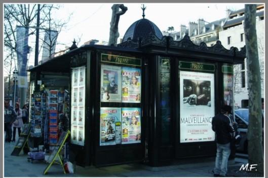 cropped-kiosque1.jpg